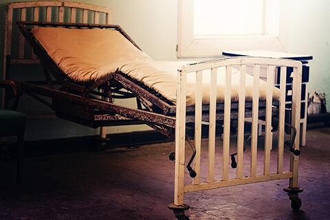 lhospital-bed - lechemindetraverse-escapegame.fr
